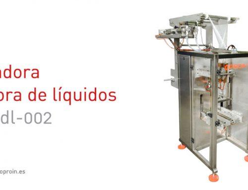Envasadora llenadora de líquidos multilínea 2 boquillas de pistón neumático